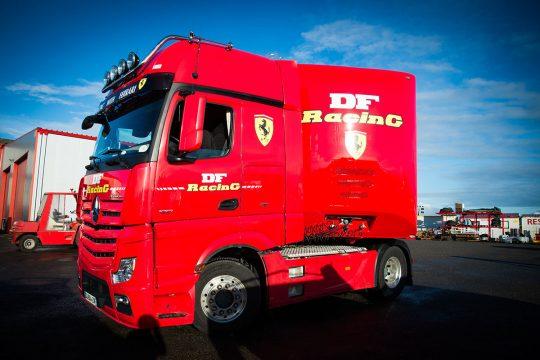 ferrari-truck-cabine
